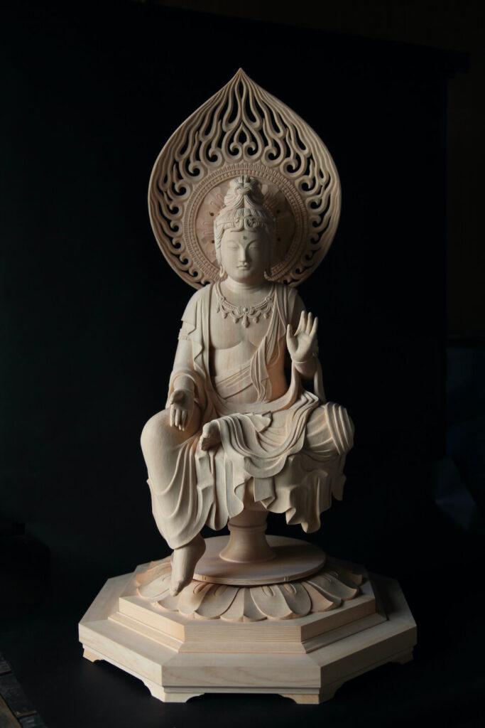 聖観音菩薩半跏像